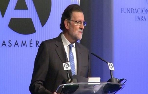 Rajoy llama a dignificar el ejercicio de la política para no dar pábulo a los populismos