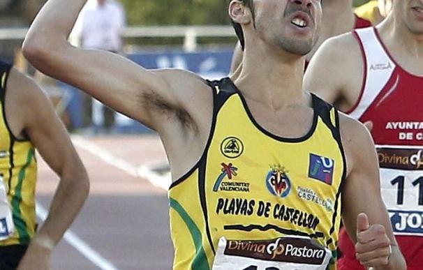 Marco, Bustos y López a semifinales de 800