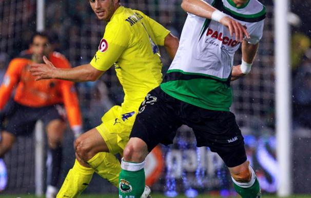 2-2. Nilmar, en el tiempo añadido, da un empate al Villarreal en Santander