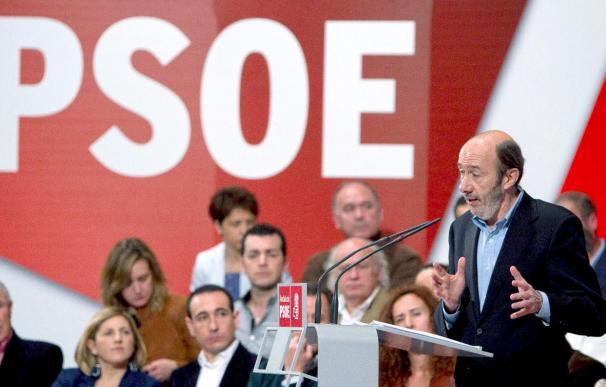 """Rubalcaba afirma que en las elecciones el adversario del PSOE """"es la abstención, no el PP"""""""