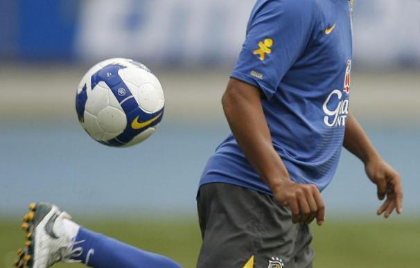 El Flamengo anuncia oficialmente el fichaje de Ronaldinho Gaúcho