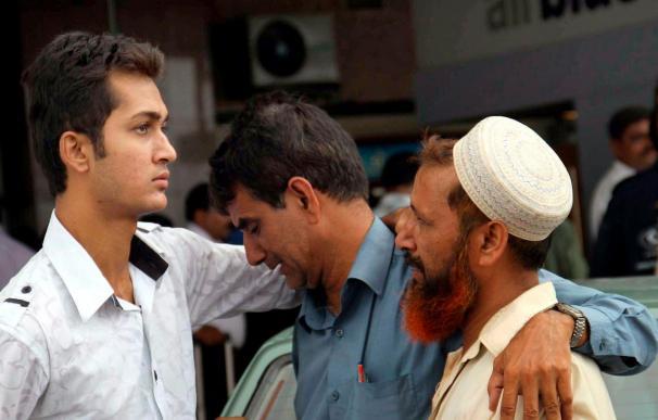 Al menos 45 cadáveres hallados entre los restos de un avión estrellado en Islamabad