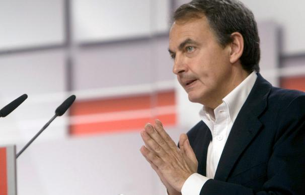Zapatero viaja a Catar y Emiratos para buscar nuevos aliados económicos
