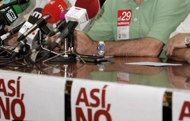 CCOO y UGT avisan al Gobierno de que de la resignación a la crispación hay un paso