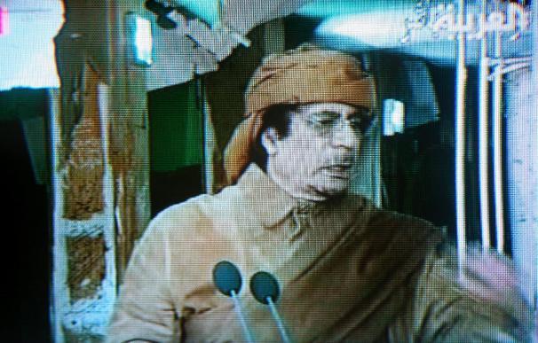 """Un hijo de Gadafi dice que su padre será """"asesor"""" en un eventual nuevo régimen"""