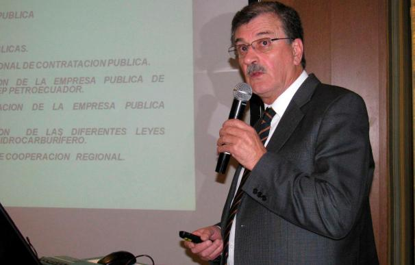 Ecuador dice que la OPEP puede producir más si es necesario por la crisis libia