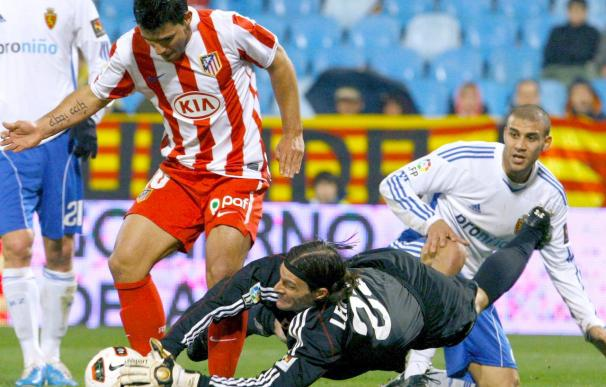 El portero del Zaragoza Leo Franco, descartado para el partido contra el Sporting de Gijón