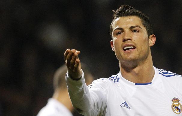 Cristiano mejora y Mourinho debe decidir si fuerza para Riazor