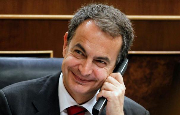 Zapatero rechaza el copago sanitario pero pide medidas alternativas de ahorro
