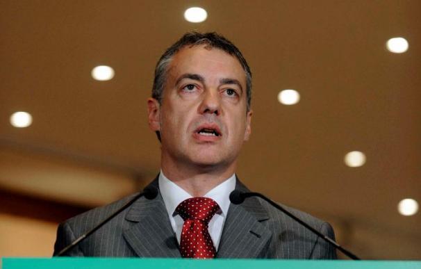 Urkullu advierte de la caída del Gobierno Zapatero si no hay más autogobierno