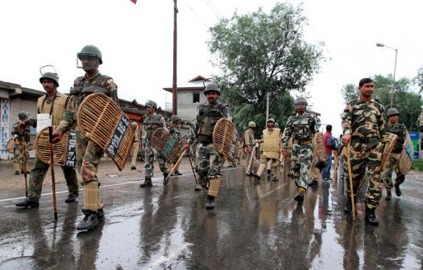 Tres manifestantes muertos y 13 heridos por disparos de la Policía en la India