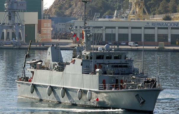 Llega a Cartagena el cazaminas Tambre, que concluye su integración en la OTAN