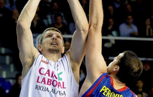 89-66. El líder Barcelona rompe el partido en el último cuarto ante el Caja Laboral