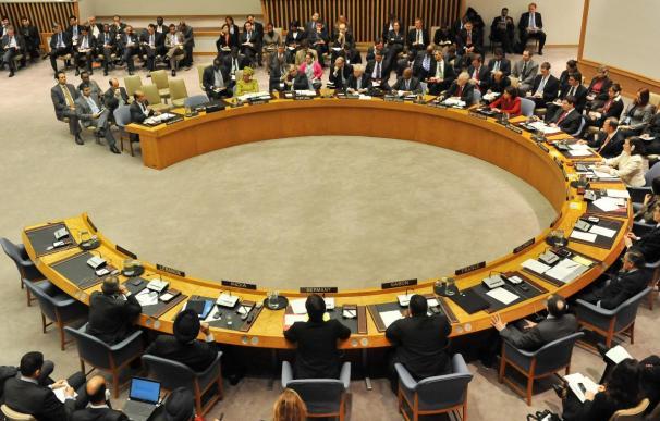 El proyecto de resolución de la ONU sanciona a Gadafi y a 21 de sus allegados