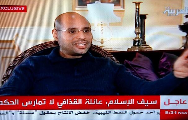 """El hijo de Gadafi reconoce """"errores"""" y afirma la necesidad de una """"negociación amistosa"""""""