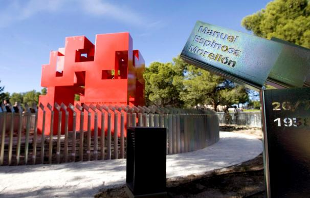Una espiral de perdón recuerda en Zaragoza a 3.542 víctimas del franquismo
