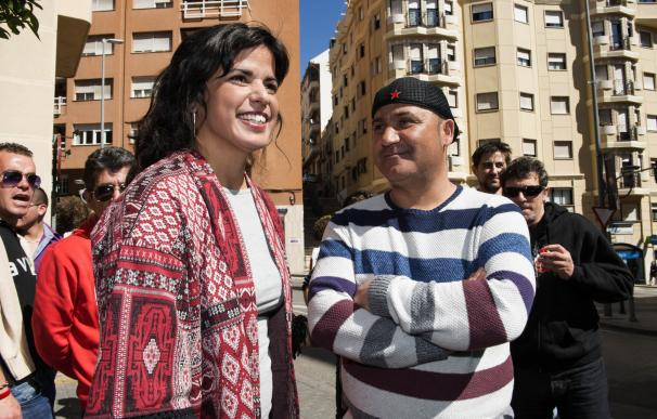 """Teresa Rodríguez critica que """"anticomunistas se rasguen las vestiduras"""" por comparar a Miguel Hernández con Bódalo"""