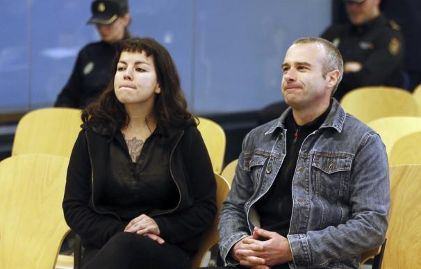 Los anarquistas 'Cariñoso' y 'Moniquita', condenados a 12 años de cárcel por atentar en el Pilar de Zaragoza