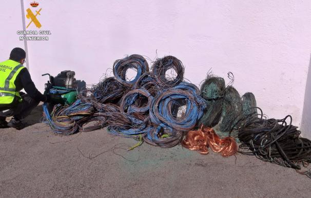Dos detenidos por robo de 1.000 kilos de cable de un silo de cereales en Villafranca de los Barros (Badajoz)