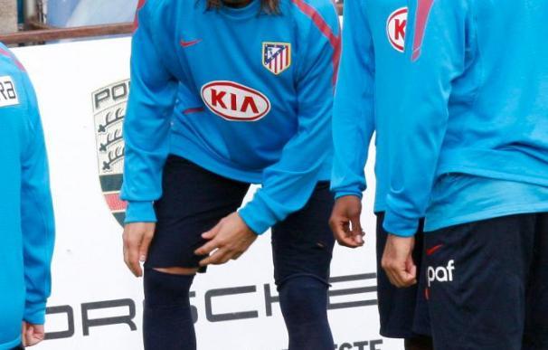 Ujfalusi se entrena con el grupo; Agüero y Godín siguen su recuperación