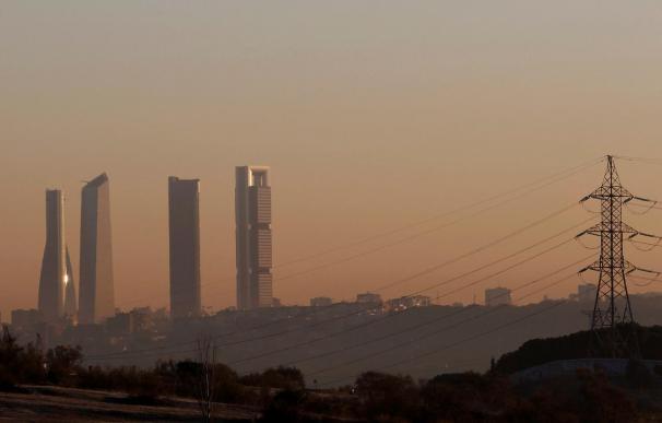 """El aire contaminado de Madrid y Barcelona es un """"riesgo grave"""" para la salud"""