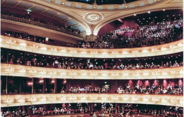 Un tenor argentino y una soprano lusa finalistas en el Programa de Jóvenes Artistas