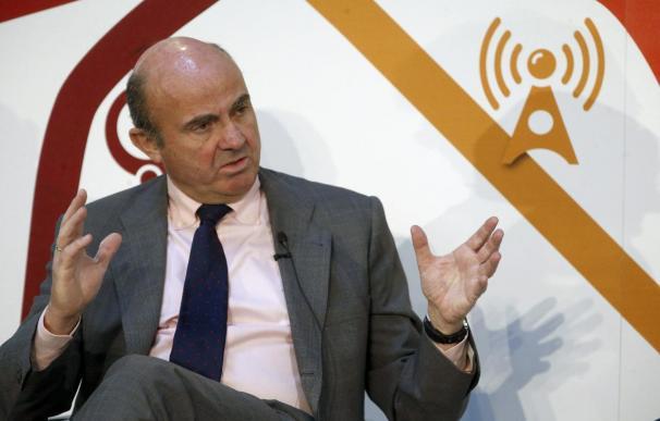 """""""La economía española ha dejado de ser un lastre para Europa y ahora está contribuyendo al reequilibrio de la zona euro"""", según el ministro de Economía"""