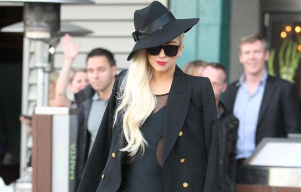 Lady Gaga causa indignación con un tema sobre la muerte de Lady Di