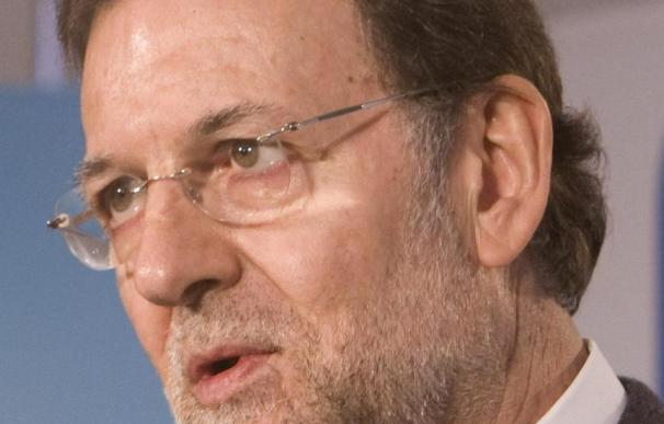"""Rajoy visita a Aguirre y confirma que """"se va a recuperar pronto"""""""