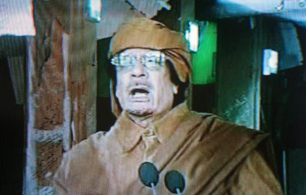 """Oficiales del Ejército en el noreste de Libia anuncian en un video que se unen a la """"revolución"""""""
