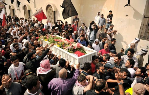 Baréin libera a 23 opositores chiíes acusados de terrorismo tras protestas