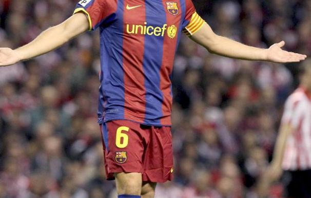 El jugador del Barcelona Xavi cree que estará listo para Mestalla