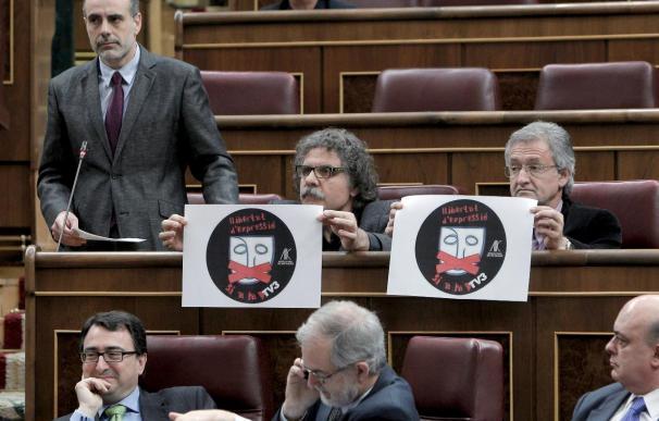 Jáuregui dice que el Gobierno no tiene facultad para garantizar la emisión TV3 en Valencia
