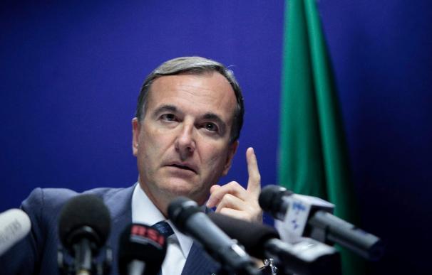 Italia dice que la región libia de Cirenaica no está bajo control de Gadafi