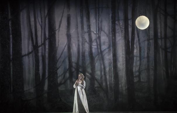 La puesta en escena de 'I puritani' en el Teatro Real se amplía a 16 comunidades