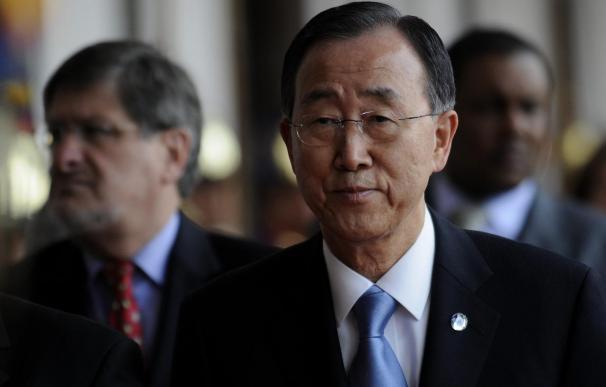 """Ban pide que se castigue a los responsables de la """"atroz"""" represión en Libia"""