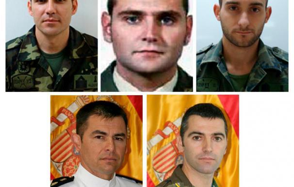 Prosiguen las autopsias a los militares muertos y dos heridos siguen en la UVI