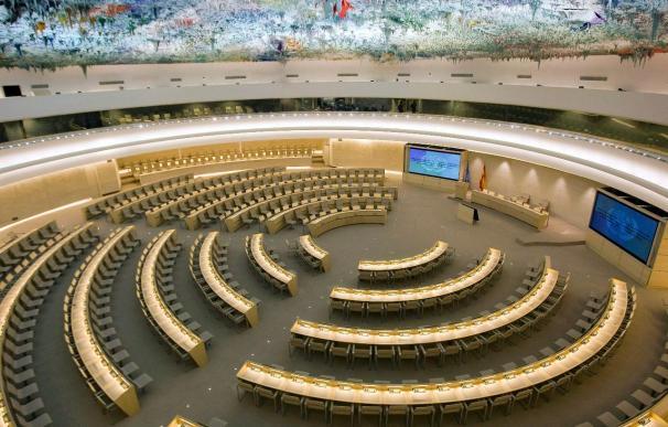 Diplomáticos libios ante la ONU renuncian a representar al régimen de Gadafi