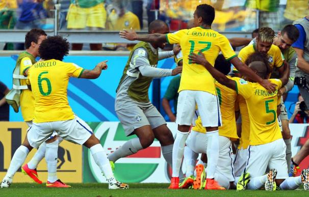 1-1. Julio César salva a Brasil en la tanda de penaltis ante Chile (3-2)
