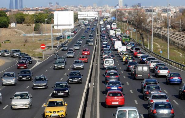 Los clubes automovilistas critican la reducción de la velocidad a 110