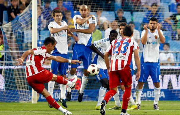 Sporting y Zaragoza se enfrentan con el objetivo de huir del descenso