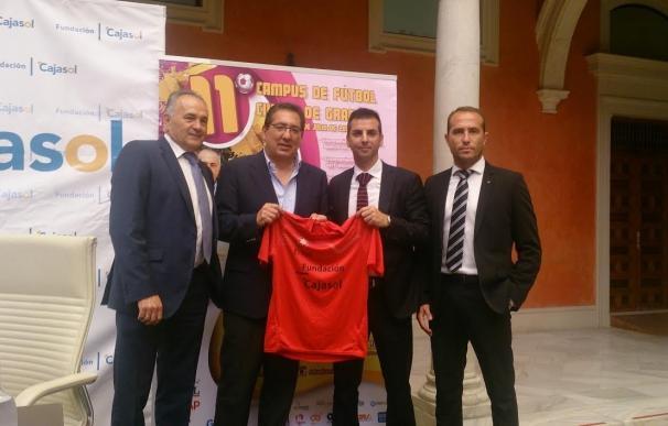 El Campus de Fútbol Ciudad de Granada fomenta la integración a través del deporte