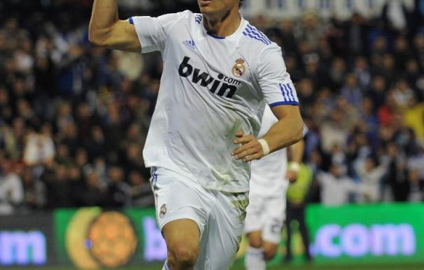 Cristiano Ronaldo celebra uno de sus goles al Hércules