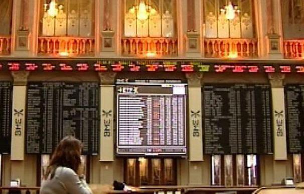 El Ibex sube un 0,26% al cierre y continúa en la cota de los 10.800 puntos