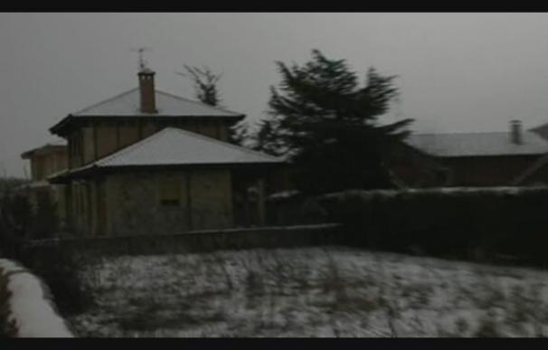 Veintidós provincias en alerta por nieve, viento o lluvia