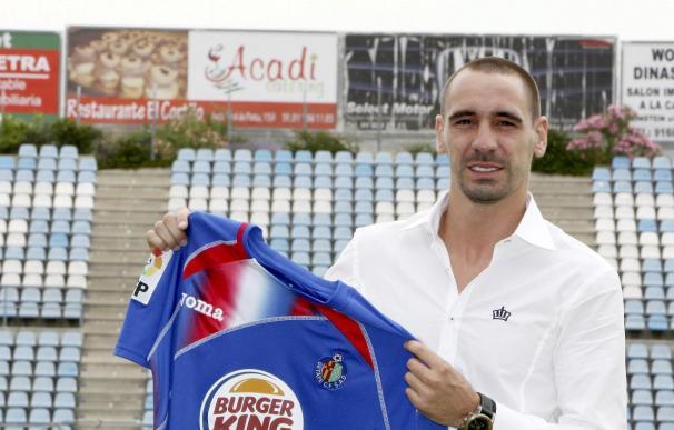 Borja se retira del entrenamiento y es duda para el partido ante el Athletic