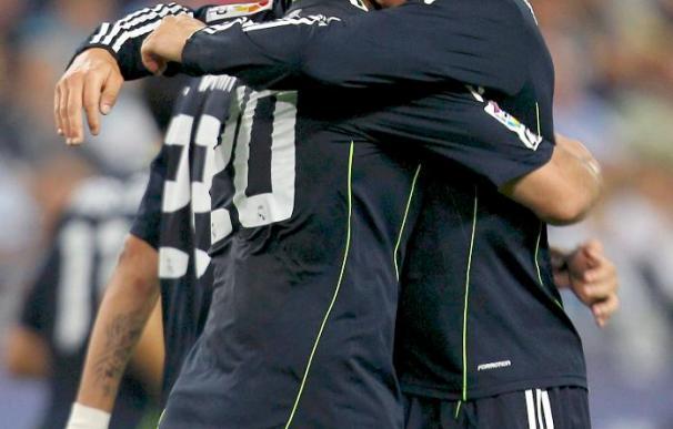 Los goles de Higuaín y Ronaldo otorgan al Madrid el liderato provisional
