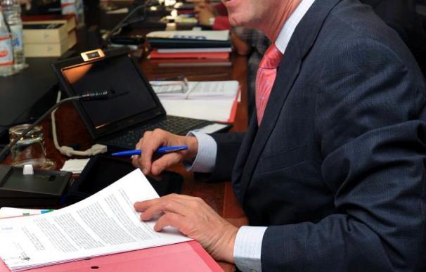 El PP consuma su salida del Gobierno canario tras aprobar los presupuestos
