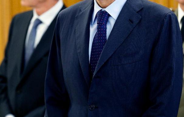 Zapatero preside hoy la primera reunión de su nuevo gabinete