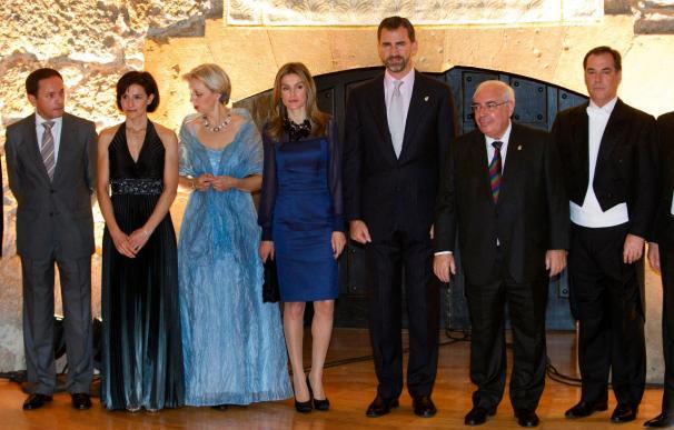 Don Felipe entrega hoy los trigésimos premios Príncipe de Asturias